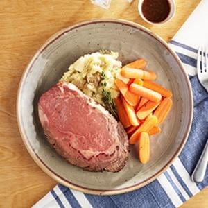 GOURMET LINE: House Roasted 8oz Prime Rib