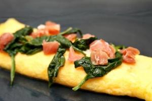 Spinach & Prosciutto Omelet (P)
