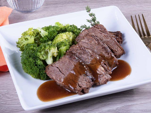 Keto: Braised Boneless Beef Short Rib with Bordelaise Sauce with Broccoli